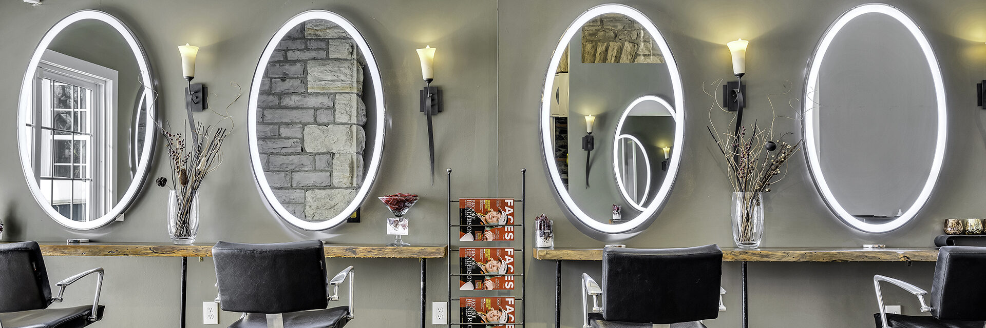 Esthetician layout in spa and salon at Jask